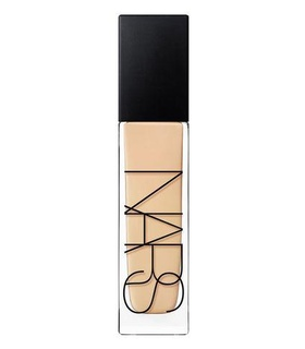Nars Natural Radiant Longwear Foundation Beige, Brown